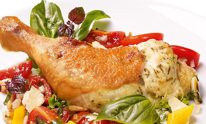 Sommerhähnchen mit Ricotta-Basilikum-Paste