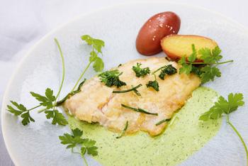 Fischfilet mit grüner Sauce