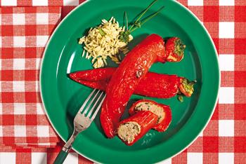 Gefüllte Spitzpaprika mit Kräuterreis